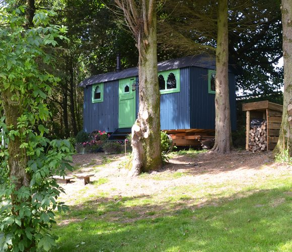 romantic weekend breaks, unique accommodation, shepherds huts wales